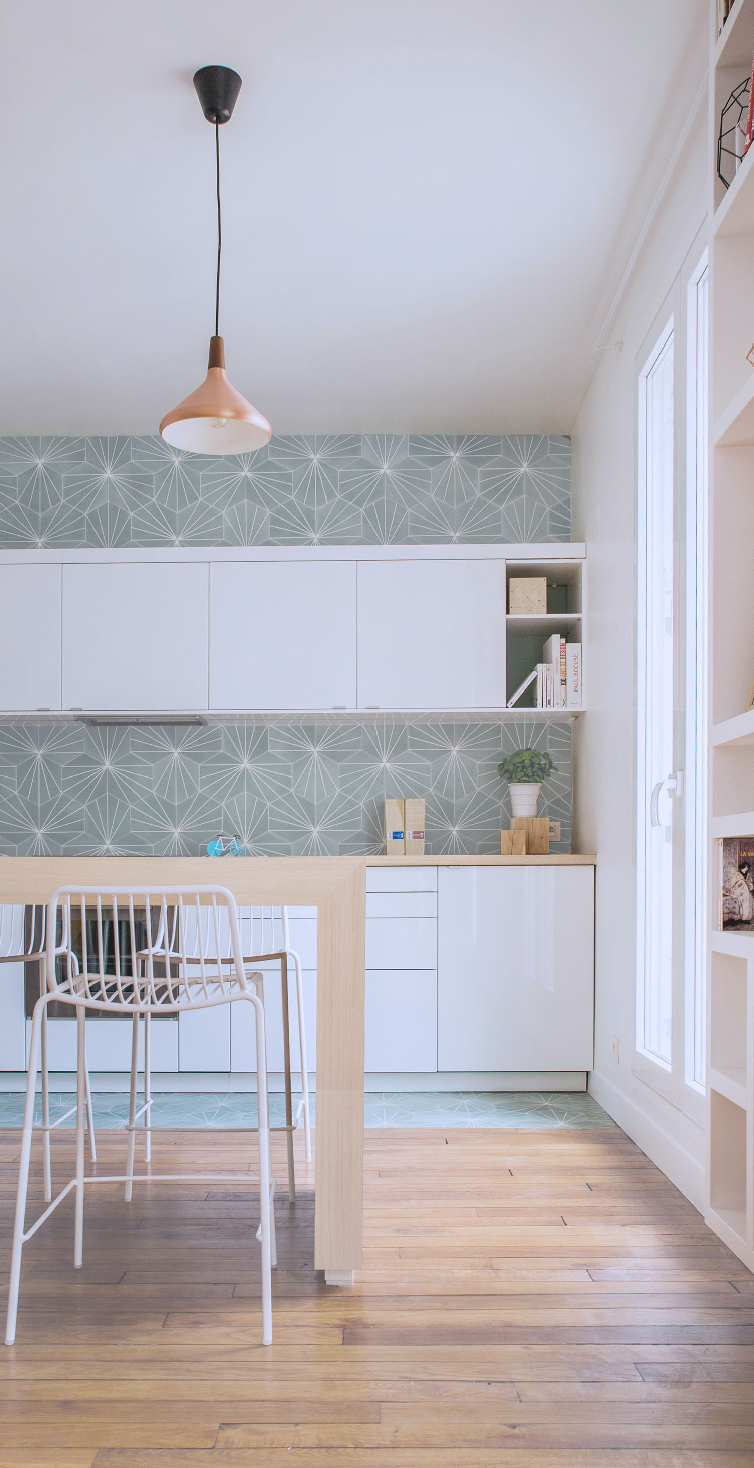 Dandelion - celadon/milk, France | Tiles | Pinterest | Dandelions ...