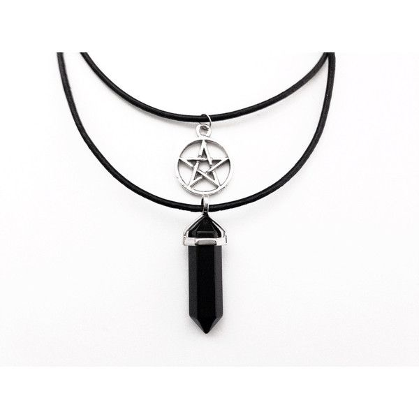 Classic Pentagram Choker and Crystal Quartz Healing Chakra Reiki... (125 ARS) ❤ liked on Polyvore featuring jewelry, necklaces, choker, collares, black pendant necklace, crystal collar necklace, pentagram necklace, pendants & necklaces and choker collar necklace