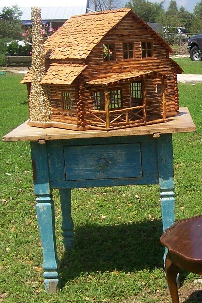 a handmade adirondack log cabin dollhouse i own one too in my adirondack cabin i like the. Black Bedroom Furniture Sets. Home Design Ideas