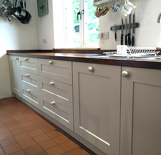 Chapelwood Kitchens. Bespoke Kitchen,with Birch Plywood Cabinets,hand  Painted Tulipwood Doors And