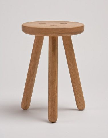 Three Legged Stool By Another Country Reminiscent Of Shaker Furniture And Scandinavian Design 스툴 가구 소풍