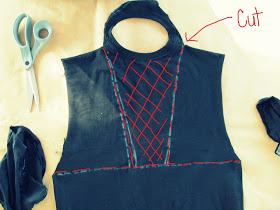 No Sew, DIY Tee-Shirt Halter #2 #nosewshirts WobiSobi: No Sew, DIY Tee-Shirt Halter #2 #nosewshirts