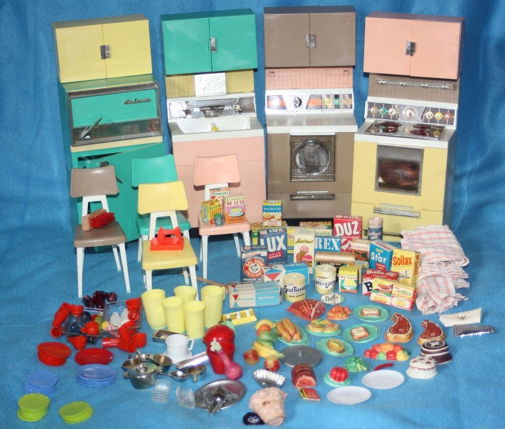 Vintage Barbie Reading Deluxe Dream Kitchen Appliances and Many ...