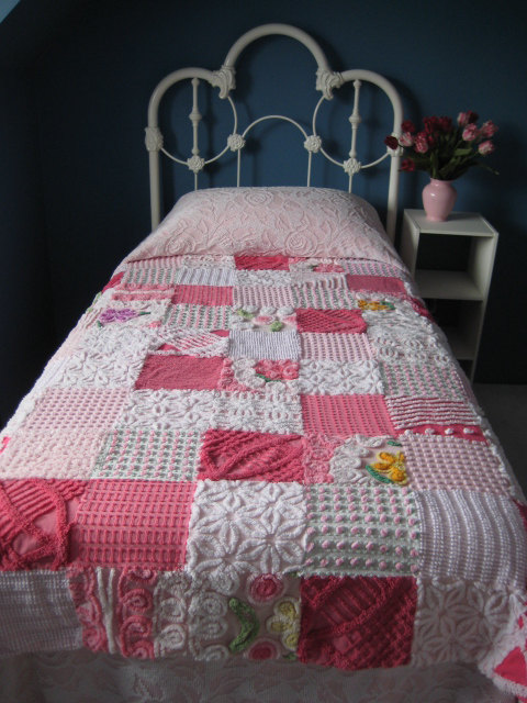 Attractive Vintage Chenille Patchwork Quilt   TWIN BED COVERLET   64 X 72 Inches