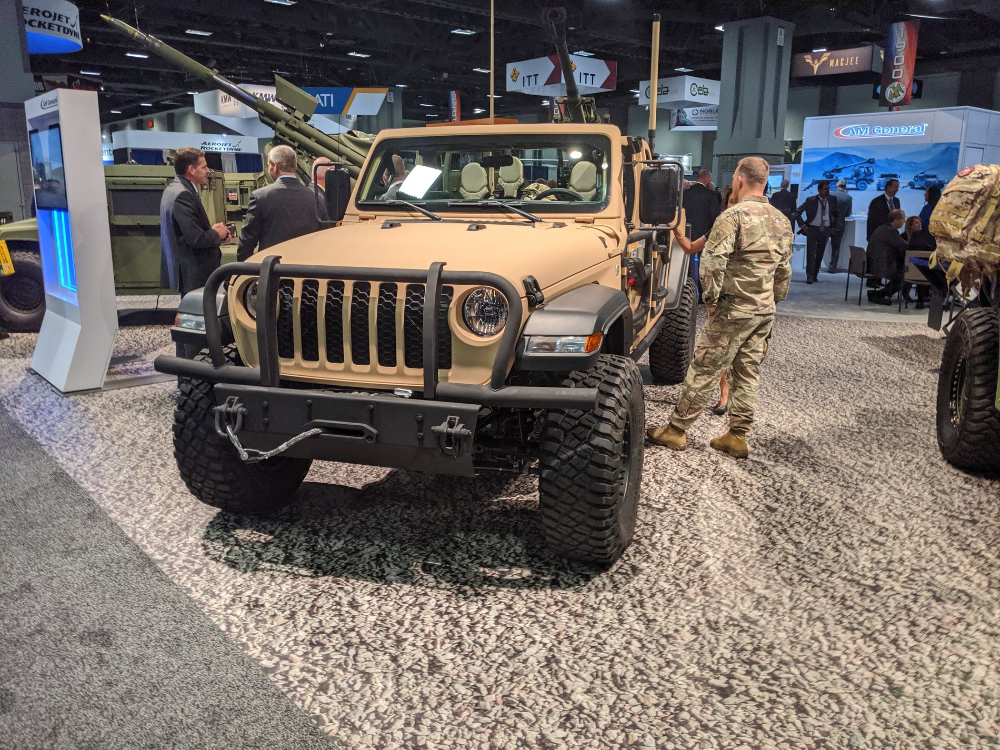Jeep Gladiator Xmt Light Tactical Vehicle Announced By Fca And Am General Jeep Gladiator Jeep Gladiator