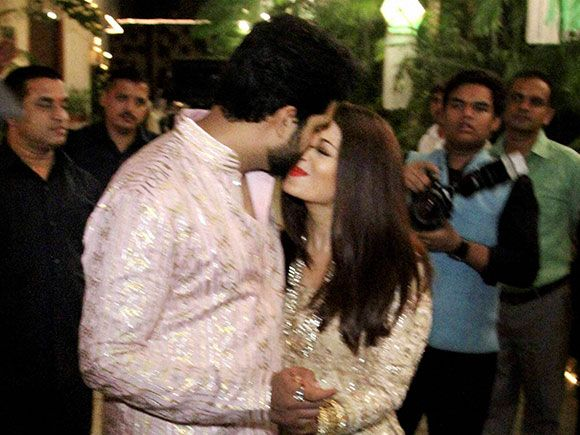 Abhishek Bachchan And Aishwarya At The Diwali Party Celebrities