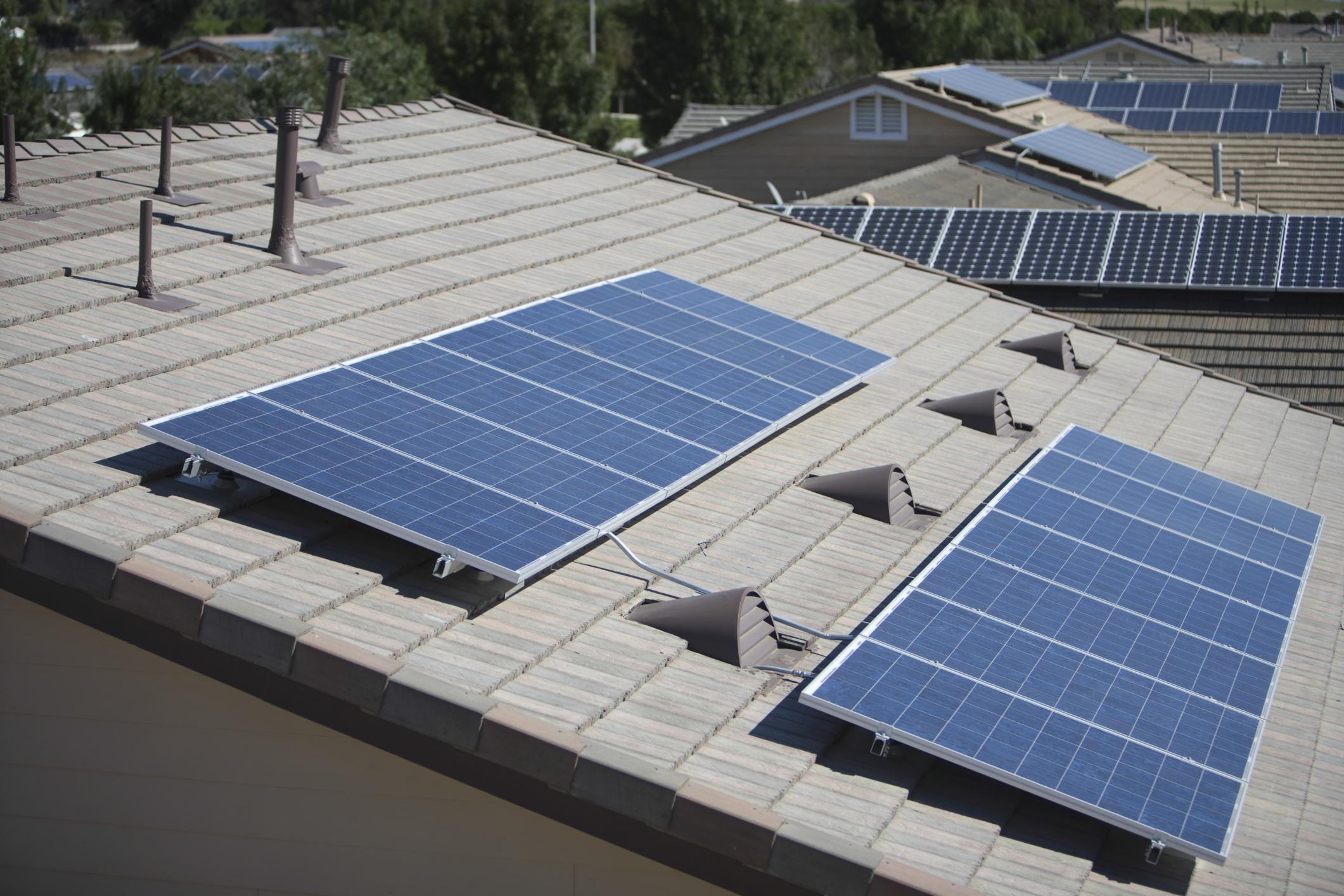 Pin By Boise Solar Panel Savers On Https Www Solarpanelsboise Com Solar Solar Energy Diy Best Solar Panels