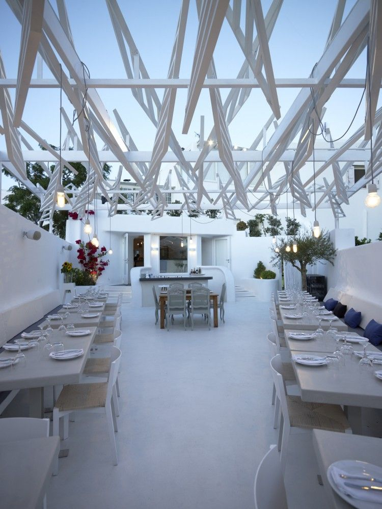 Phos Restaurant In Mykonos Town Lm Architects Bar Design Restaurant Restaurant Architecture Restaurant Design