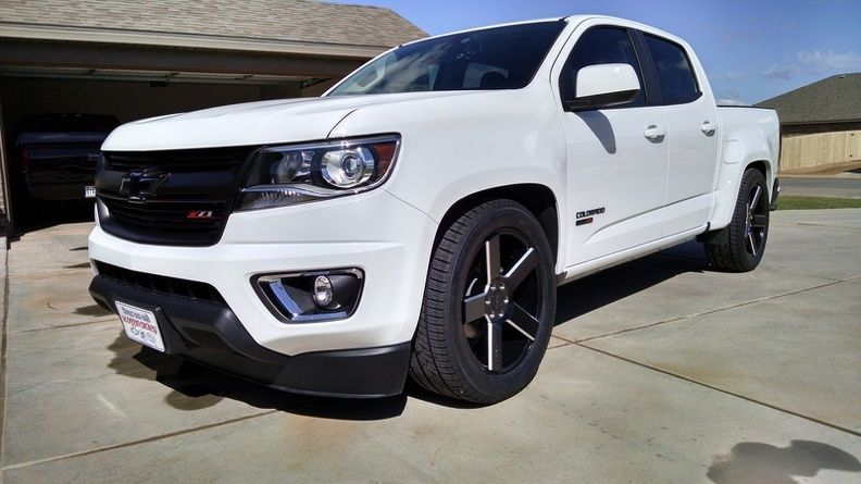Chevy Colorado Gmc Canyon Chevy Colorado Chevy Chevy Trucks Lowered