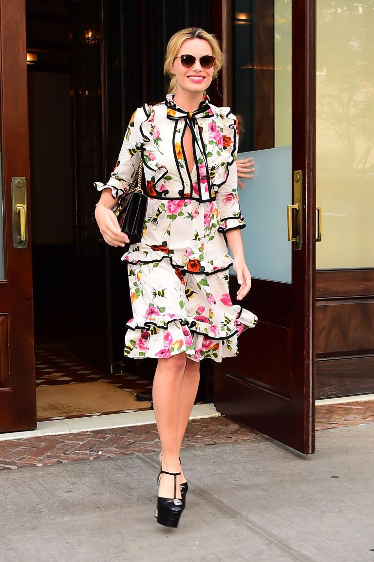 Margot robbie what gucci where out in new york city why tiered