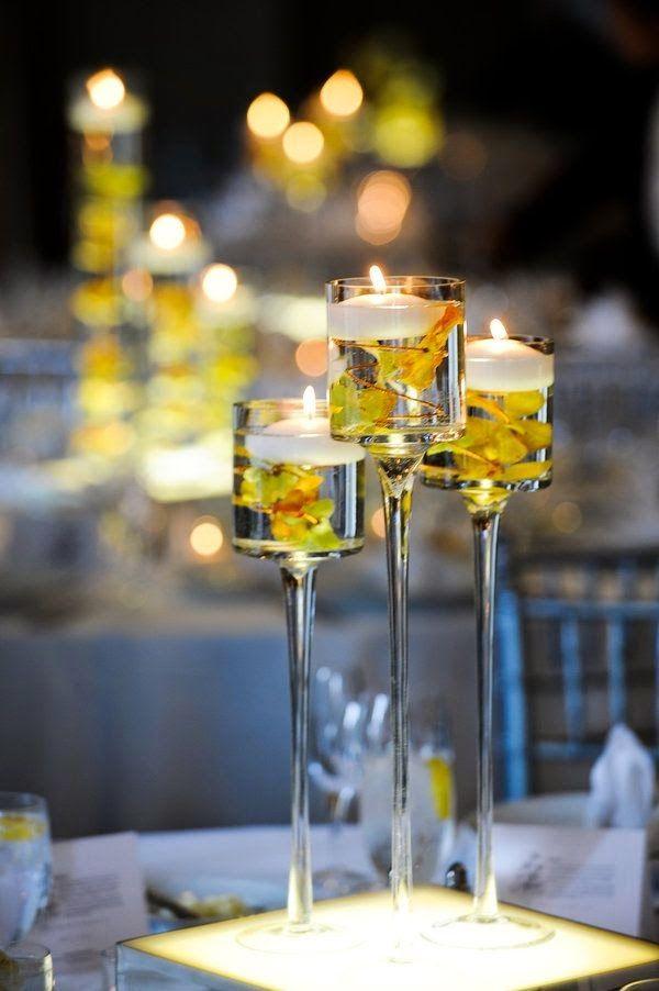 5 centros de mesa para bodas con copas de vidrio centros for Mesas de cristal para bodas