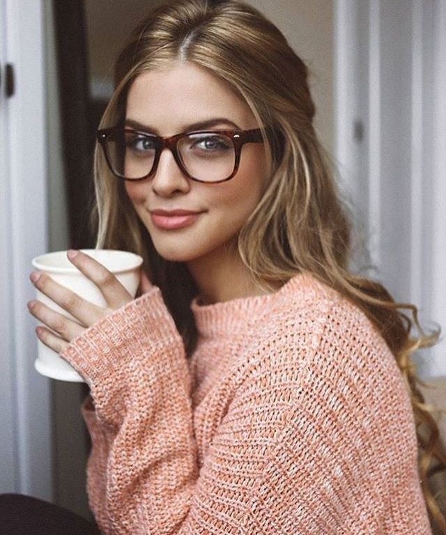 99b580dfe224 Marina Laswick   Photography   Marina laswick, Glasses, Girls with ...