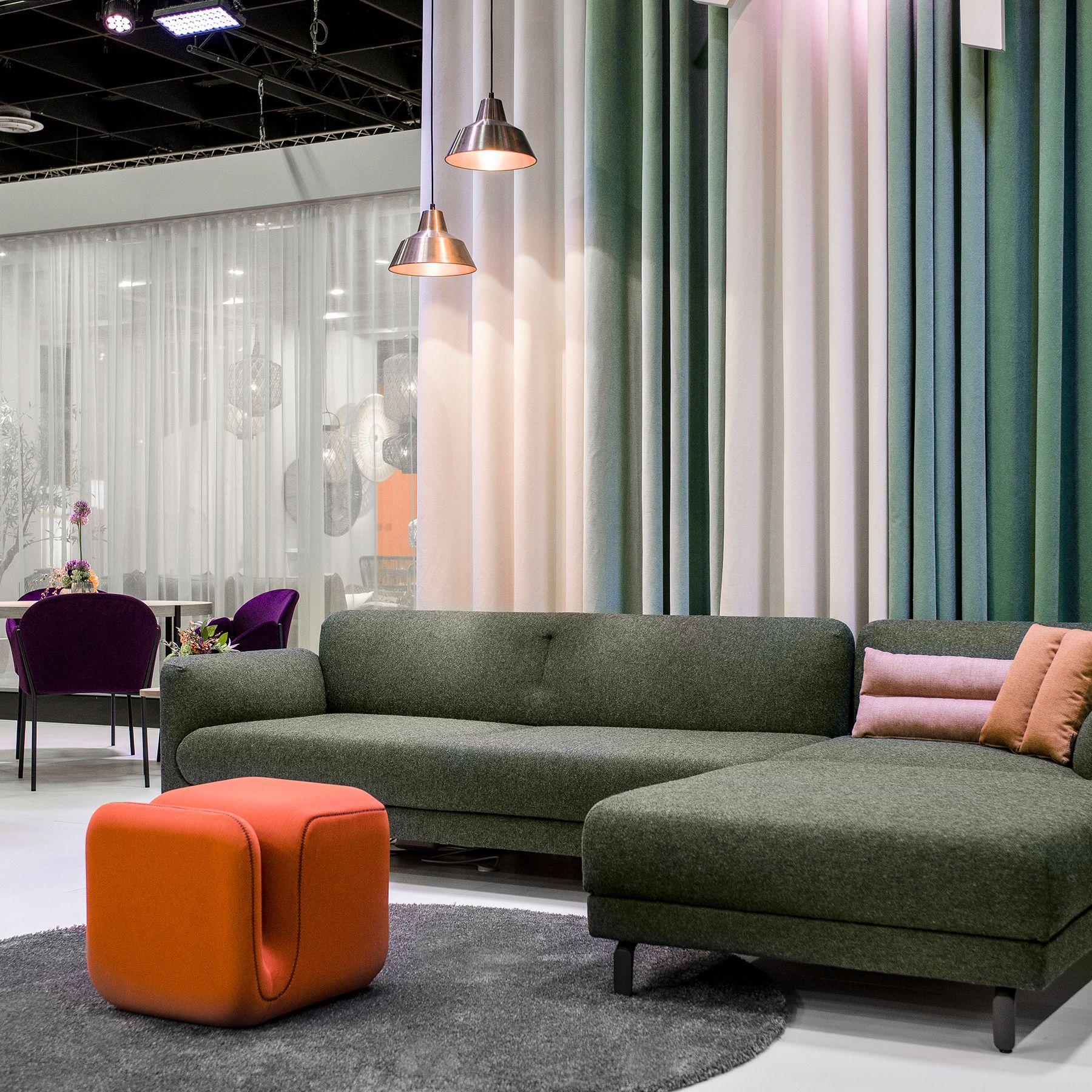 Design Bank Oranje.Artifort Novelties At The Imm 2019 Furniture Fair Figura 2018
