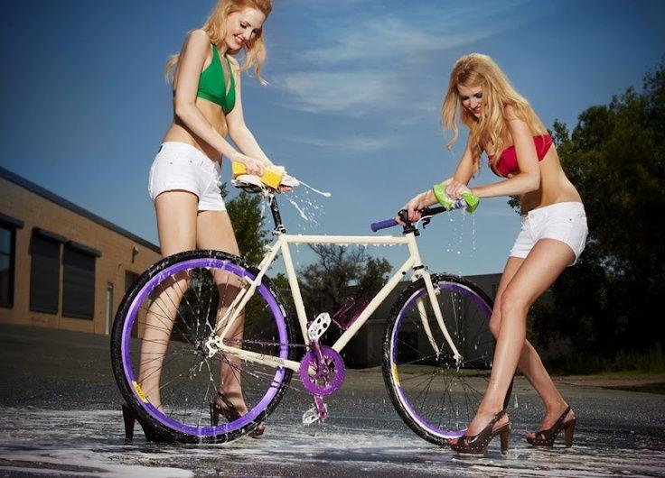 nude-teens-naked-chicks-washing-bikes
