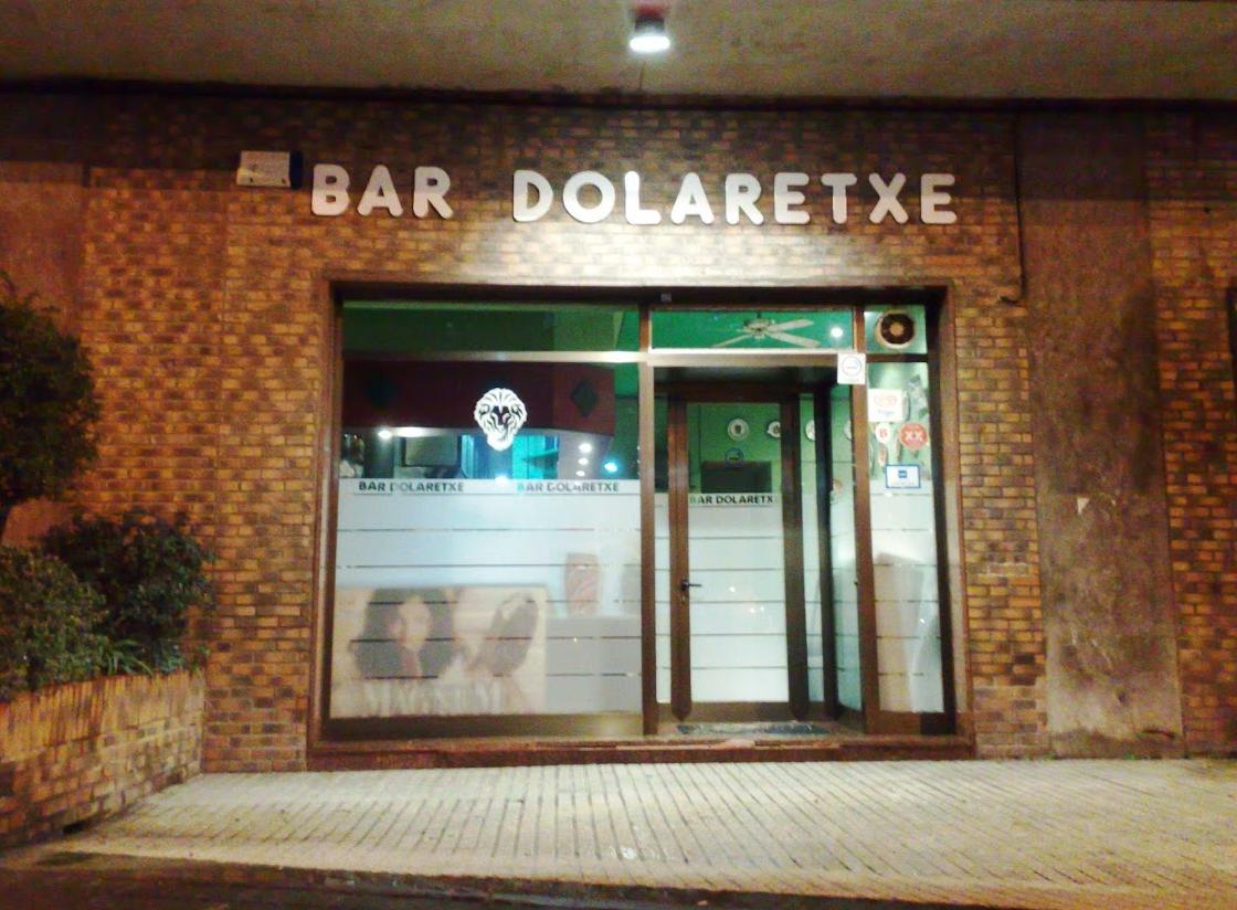 Bar dolaretxe calle amadeo deprit kalea 5 48006 bilbao for Calle jardines bilbao