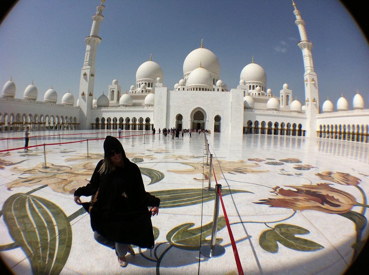 Sheikh Zayed Grand Mosque (and me), Abu Dhabi, UAE.