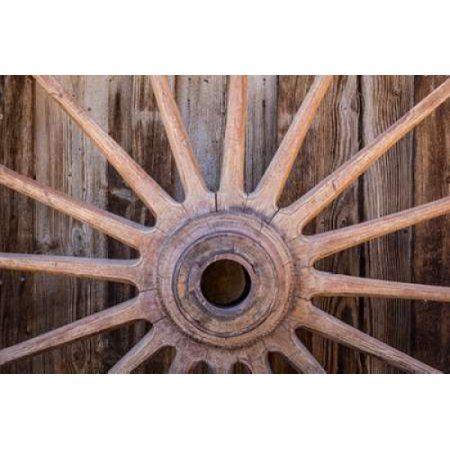 Wagon Wheel I Canvas Art - Kathy Mahan (12 x 18)
