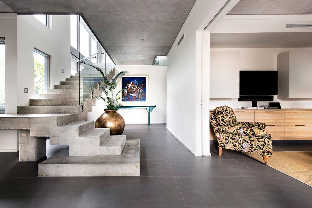 Jolie maison contemporaine construite dans la ville australienne ...