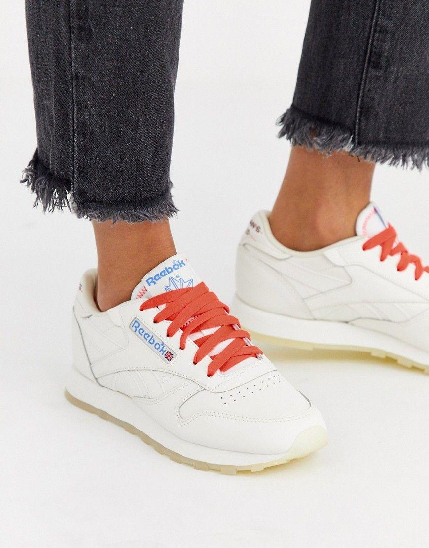 Reebok Classics offering free sneakers