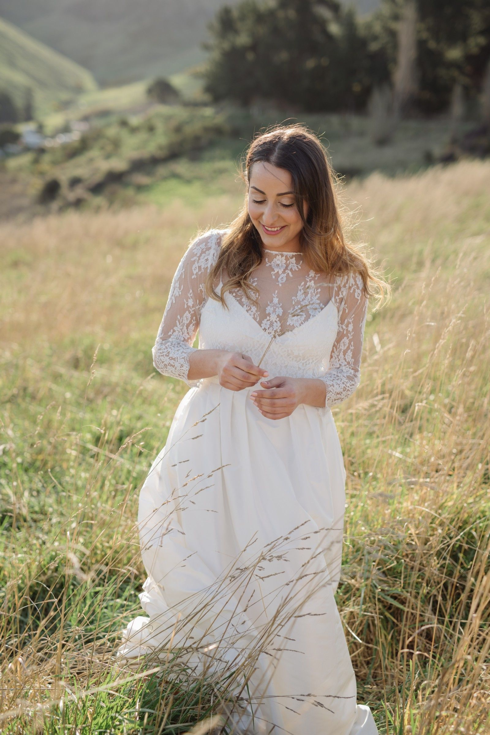 Rue de seine sophia gown size 12 wedding dress rue de seine rue de seine sophia gown with lace top used wedding dress on sale 35 off ombrellifo Image collections