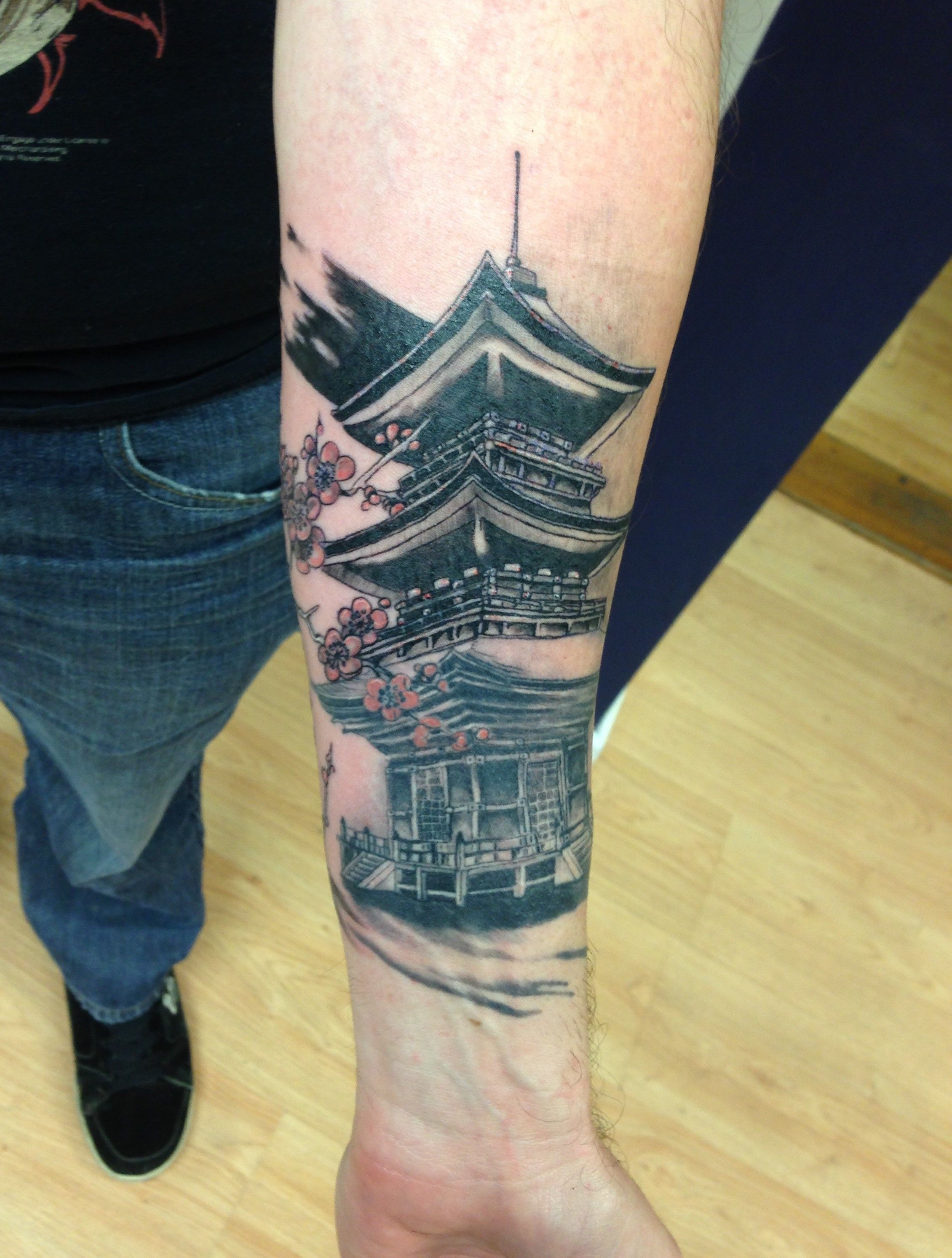 Aztec Temple Tattoo japanese temple tattoo (fresh out of the second session!)