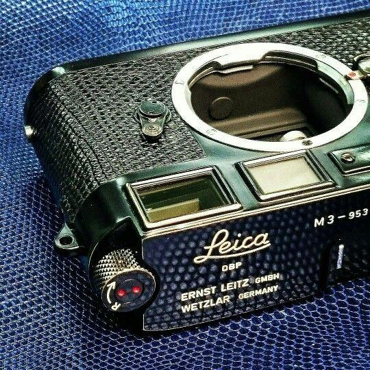 Leica M3 black peint by Kanto (Japan)