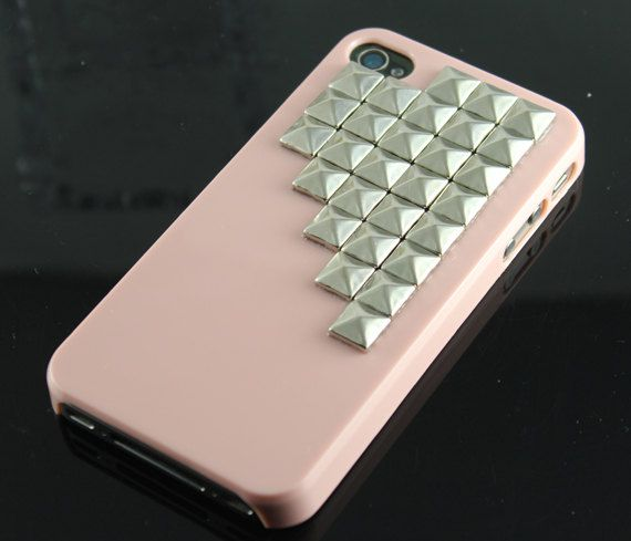 Silver Pyramid Pink Iphone case
