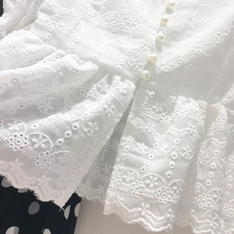 Falling in love with lace New launching of lace collections Grab while stock last Imported from Korea  To order / purchase订购 Wechat : hazell0209 FB : Glamoure Fashionista  #limited#edition#fashion#yolo#ootd#love#believeinyourself#confidence#travel#newarrivals#events#gathering#OL#outfit#trendy#bespoke#korean#fashion#koreafashion#embroidery#dreams#blog#muji#japan#ribbon#dreams#tgff#lace#midi#cotton#magazine        Trendy Trend Beauty Fashion