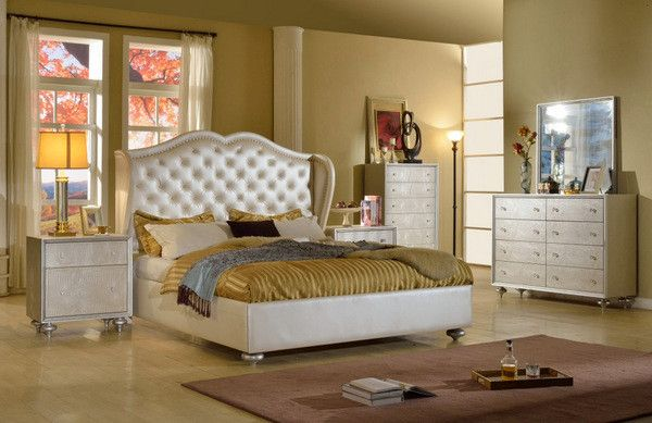 Marvelous Dazzle Cream Bedroom Set   Queen