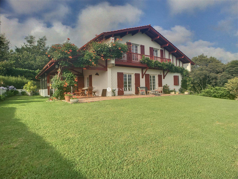 Arcangues Maison Au Calme Avec Vue Montagne A Vendre Maison à Arcangues Proche Du Bourg Et Du Golf D A Maison Traditionnelle Maison Style Vente Maison