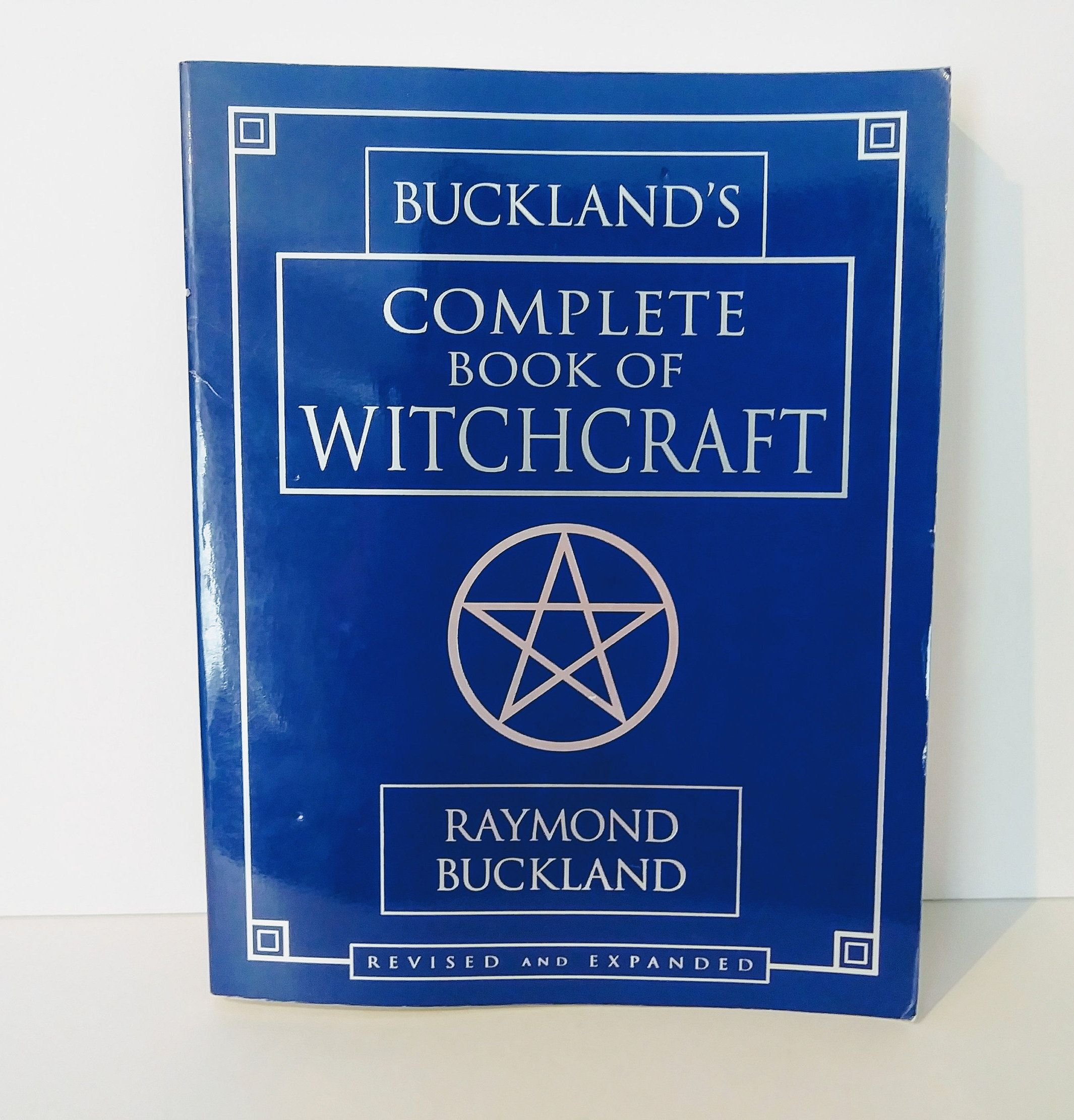 Bucklands complete book of witchcraft raymond buckland