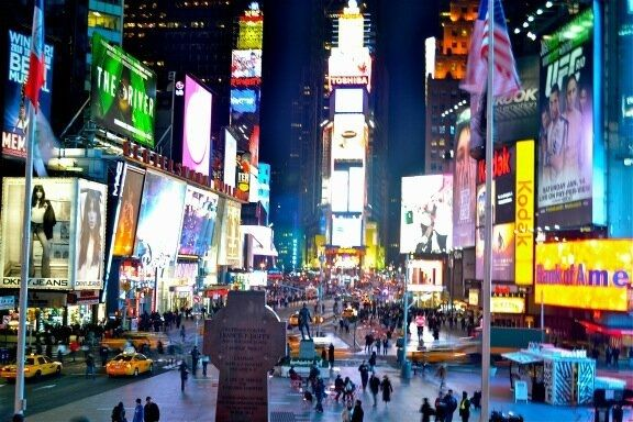 @travellingblond Times Square - best city in the world #travelsnaps