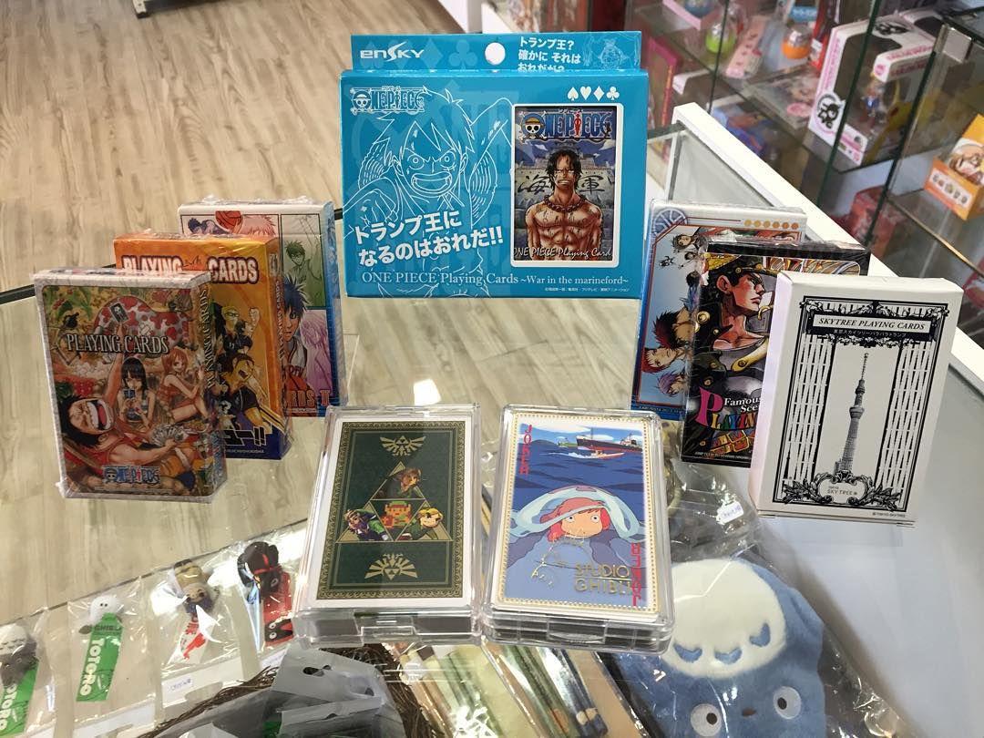 Solo en nuestra tienda podrás encontrar naipes ingleses oficiales de la Tokyo Sky Tree Ghibli Nintendo y de otras series. by togemuzu