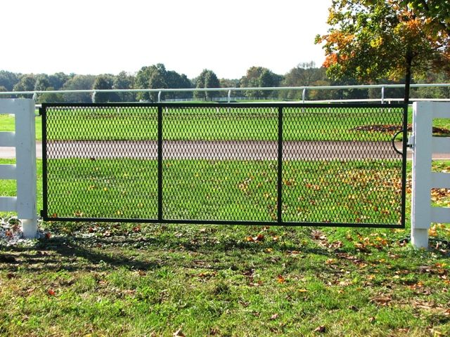 Horse Fencing Gate - what if we put it on tracks and made this a sliding pocket gate