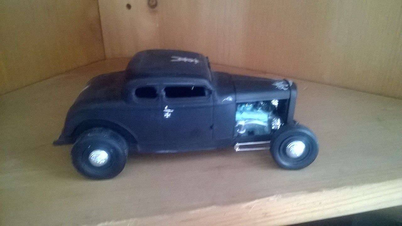 Gallery Pictures 1932 Ford 5 Window Coupe Plastic Model Car