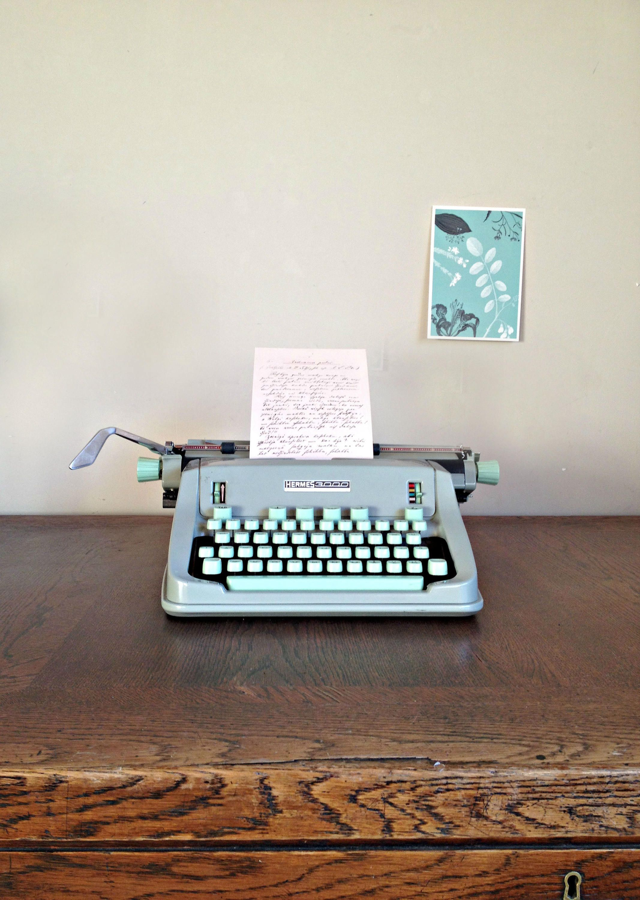 HERMES 3000 typewriter Working typewriter Vintage Swiss typewriter ...