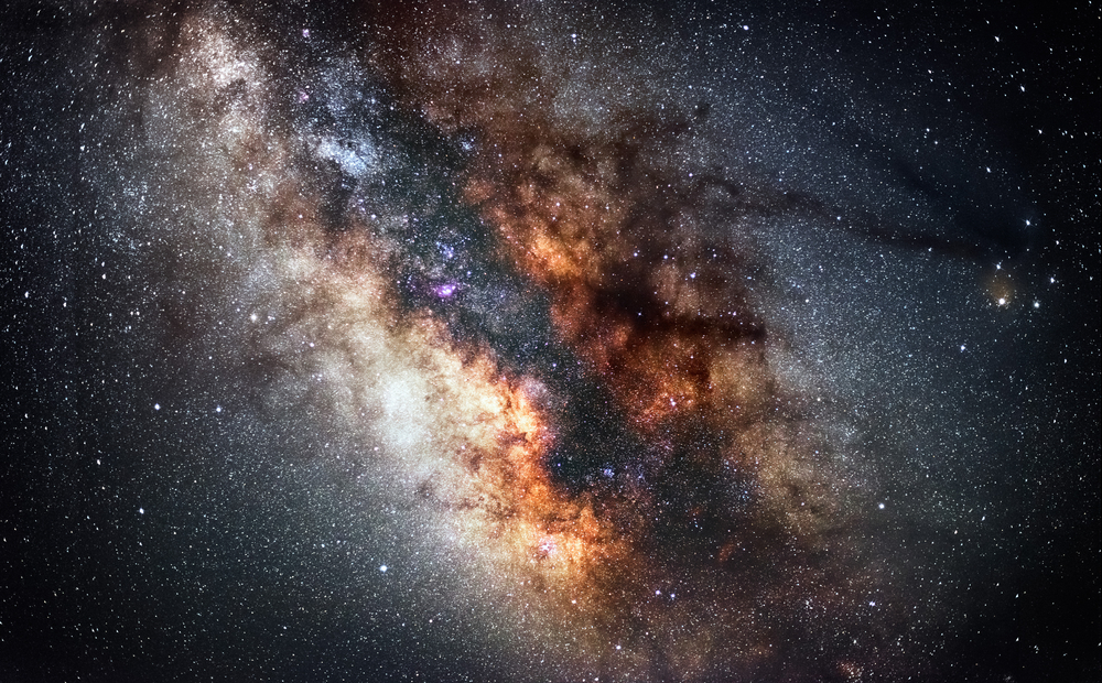 Center Of Milky Way The Real Colors Of Milky Way Galaxy Astronomic Picture A Slight Noise Is Normal F Milky Way Galaxy Milky Way Greek Goddess Of The Night