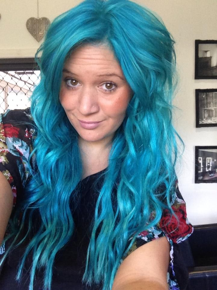 Kate Is Wearing Manic Panic Atomic Turquoise Hair Dye