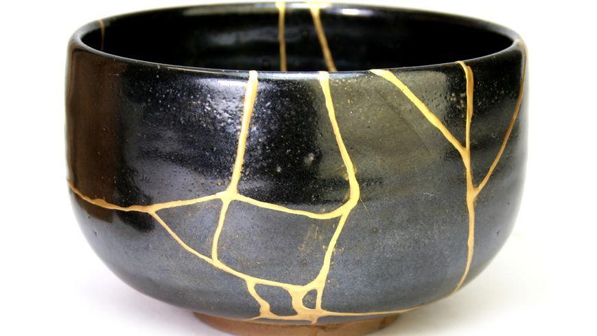 L Art Traditionnel Japonais Du Kintsugi Pour Réparer Les Objets Brisés Vidéo Art Traditionnel Japonais Art Traditionnel Art