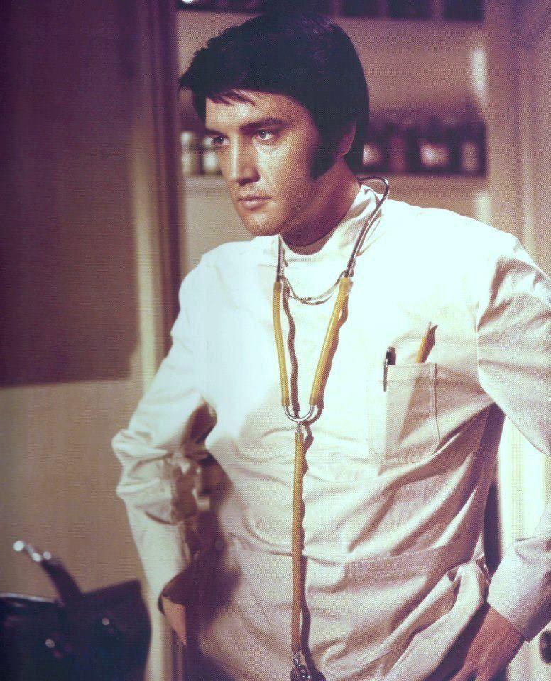 Resultado de imagen de Elvis Presley; Dr. John Carpenter