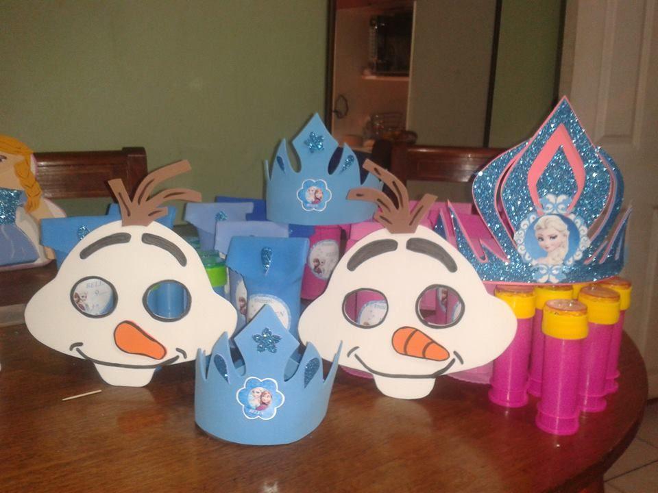 Mascaras niños y coronas niñas