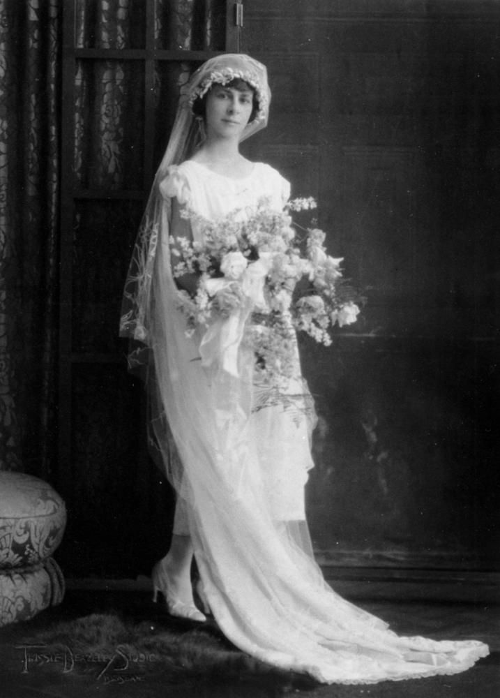 Chic Vintage 1920s Bride - Agnes Dath | history of fashion - wedding ...