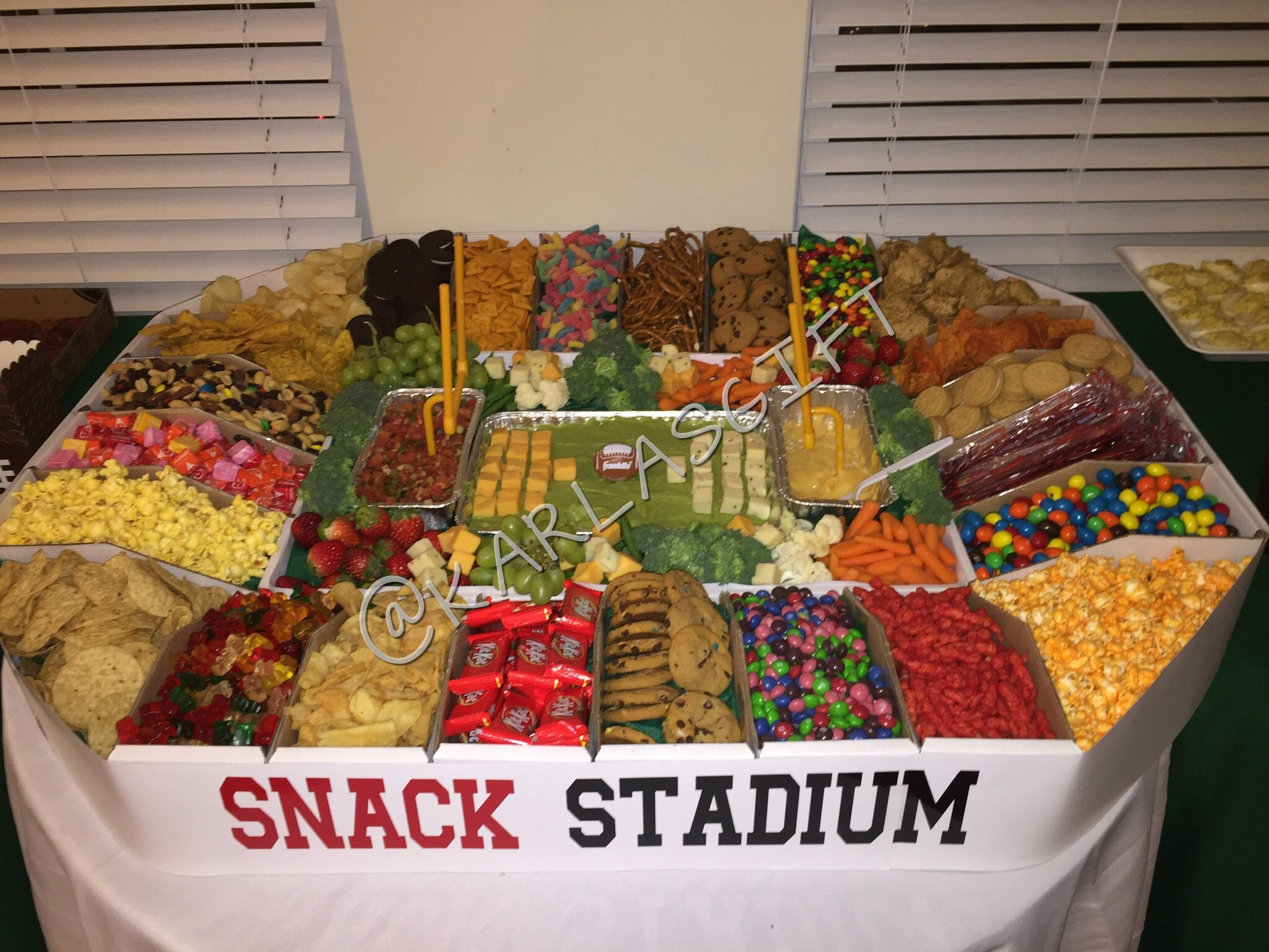 Super Bowl Snack Stadium | Party Decor in 2019 | Party ...