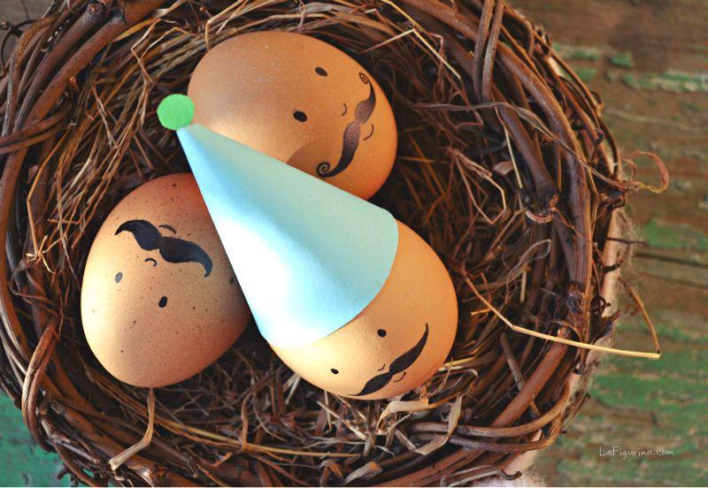 Tanti auguri da Mr Egg e i suoi fratelli! http://www.lafigurina.com/