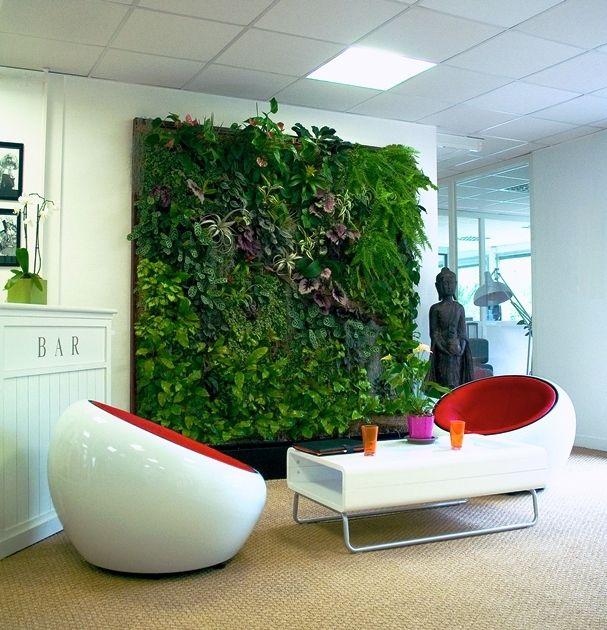 Frische Wanddekoration mit Pflanzen | Wanddekoration, Dekoration und ...