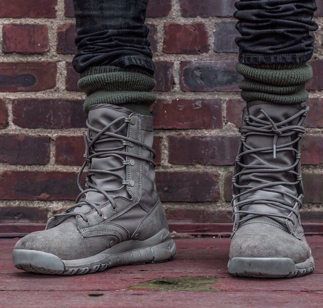 wholesale dealer d8a87 a2b12 Image result for Nike Special Field Combat Boots On FeetClose Look (Sage  Green)
