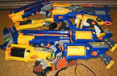 Nerf 9 gun collection 1 vest