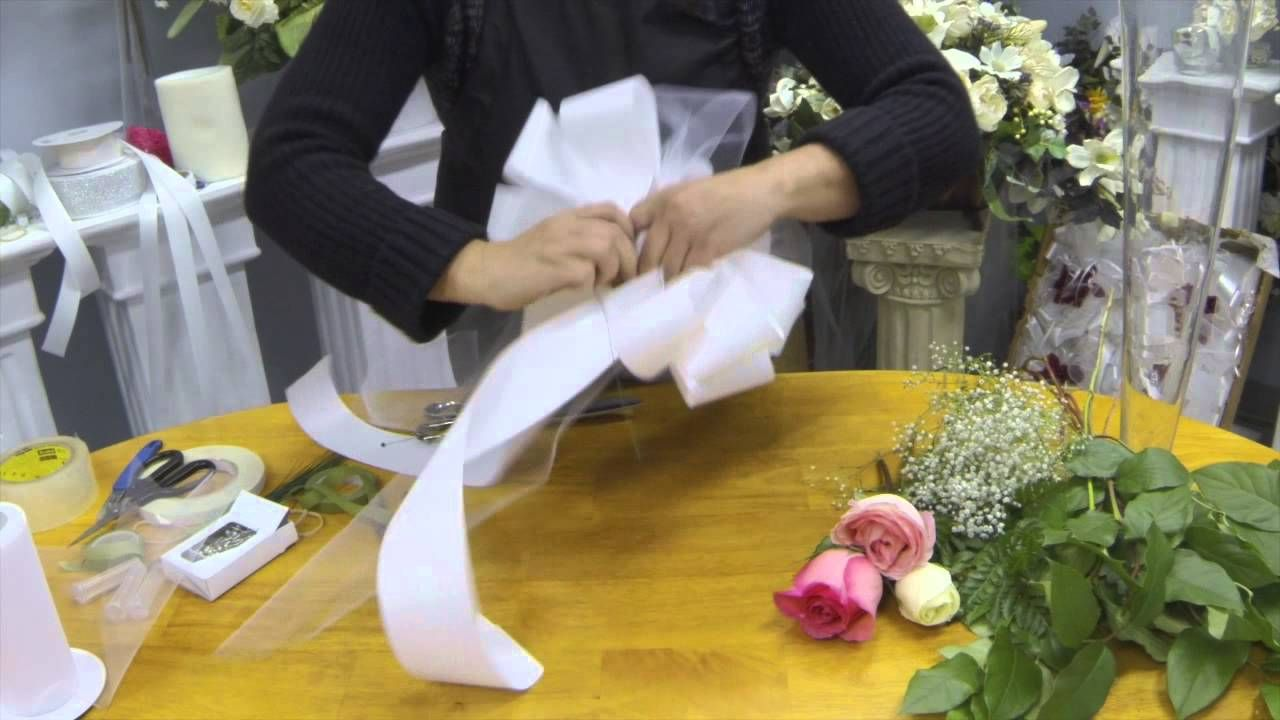 How to Make Pew Bows with Tulle,Ribbon and Fresh Flowers | Bouquets ...