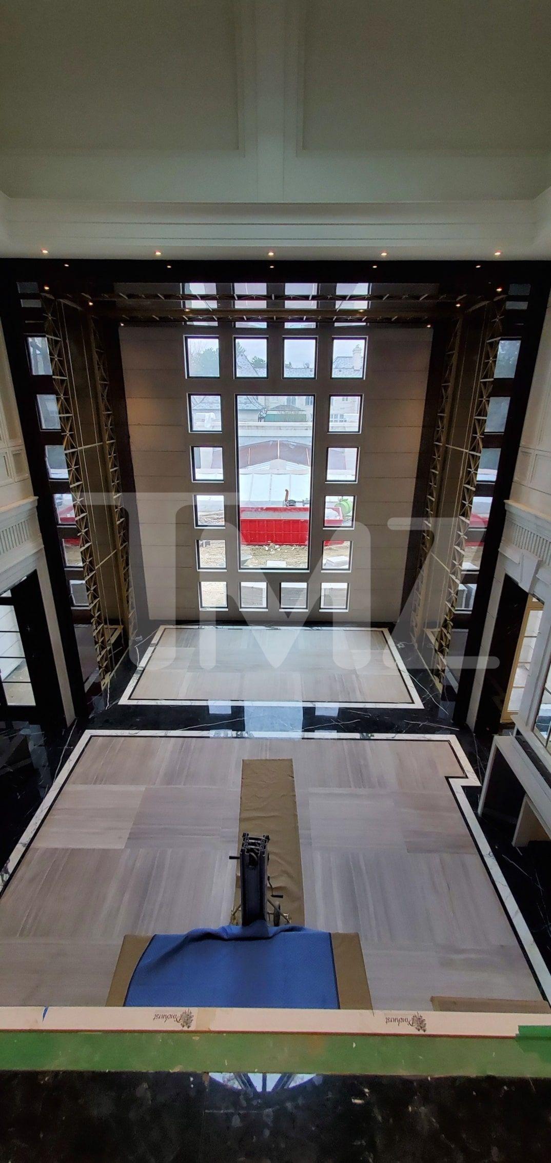 Inside Drake S Toronto Mansion Peep His Ovo Court Singing Toilet In 2020 Mansion Interior Design Mansions Drake Toronto