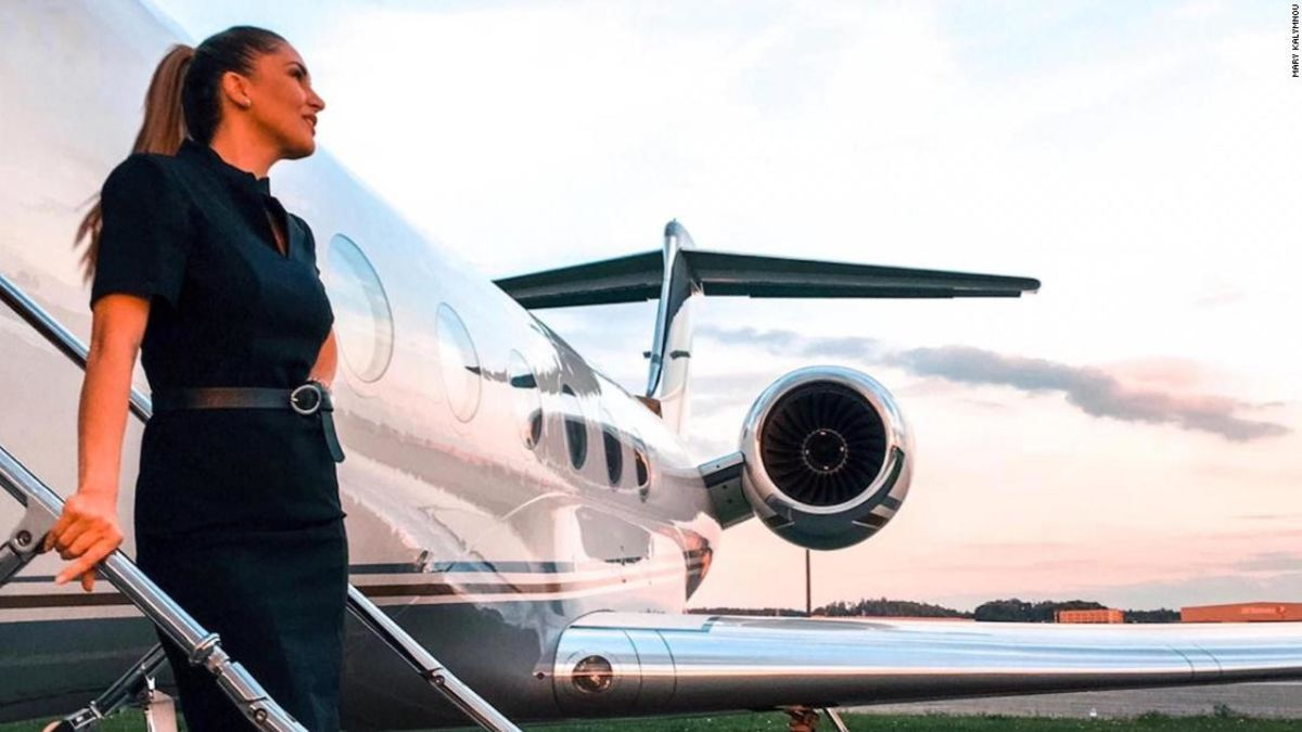 Confessions Of A Private Jet Flight Attendant Private Jet Flights Private Jet Flight Attendant